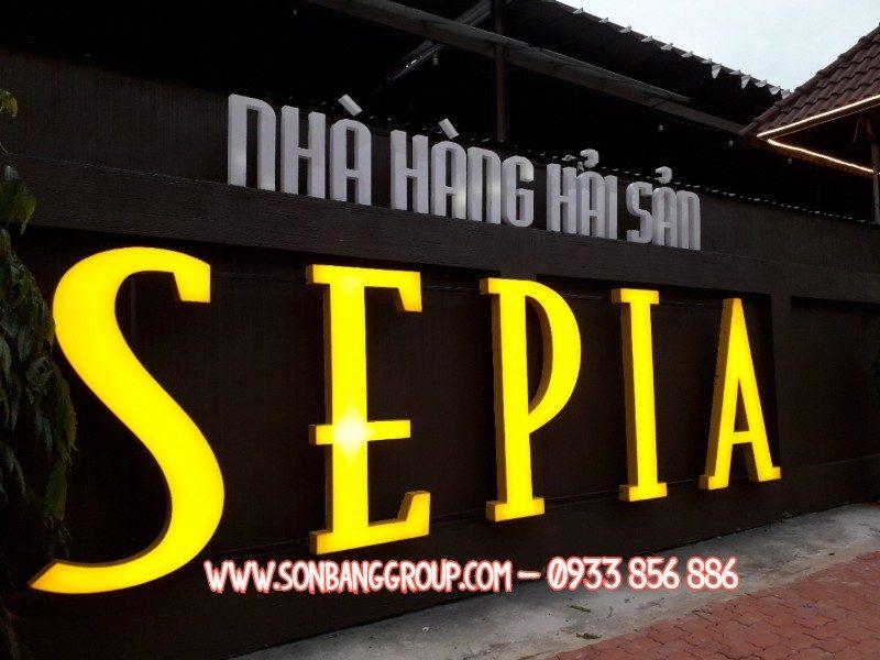 bảng hiệu nhà hàng đẹp tại tphcm